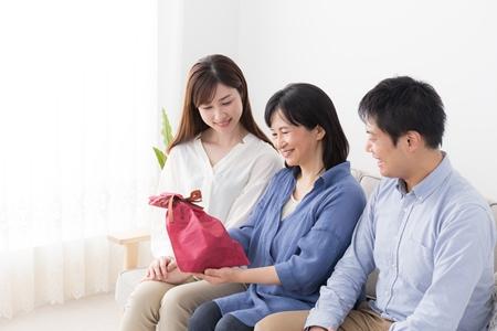 【体験談】住み替えて大正解! 一緒に暮らせるようになった母に笑顔が戻り、家族が明るくなりました /2003年築のマンション売却 47歳 男性