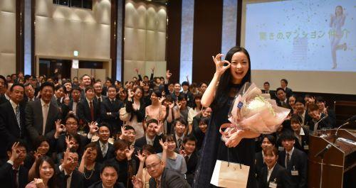 当社CMに出演いただいている川瀬莉子さんにお越しいただきました!!